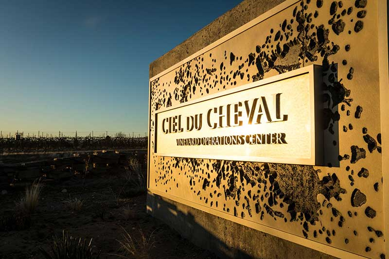 Ciel du Cheval vineyard sign