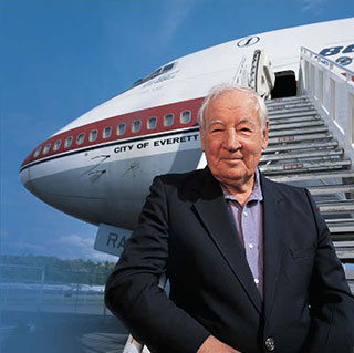 Joseph Sutter in front of the 'City of Everett' 747