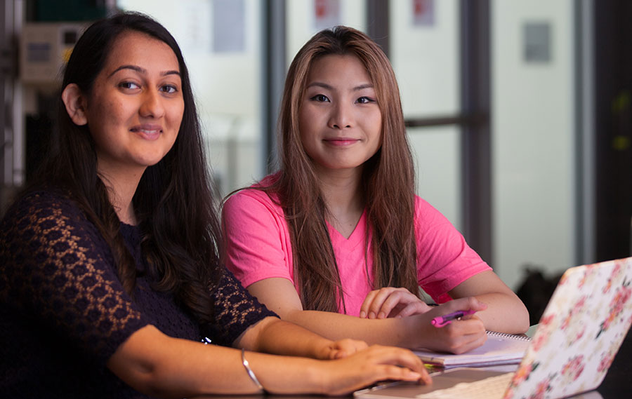 students Simreet Dhaliwal and Ying 'Joey' Zhou