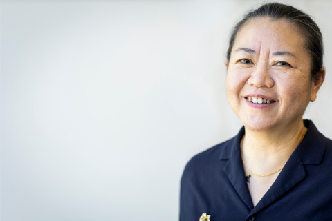 Dr. Tueng Shen